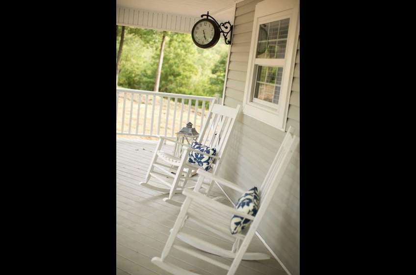 Romantic getaway or girls getaway cabin at Stonehill Cottages in Mena,AR