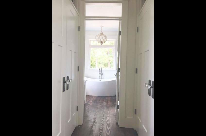 Couples getaway cabin at Stonehill Cottages in Mena Arkansas